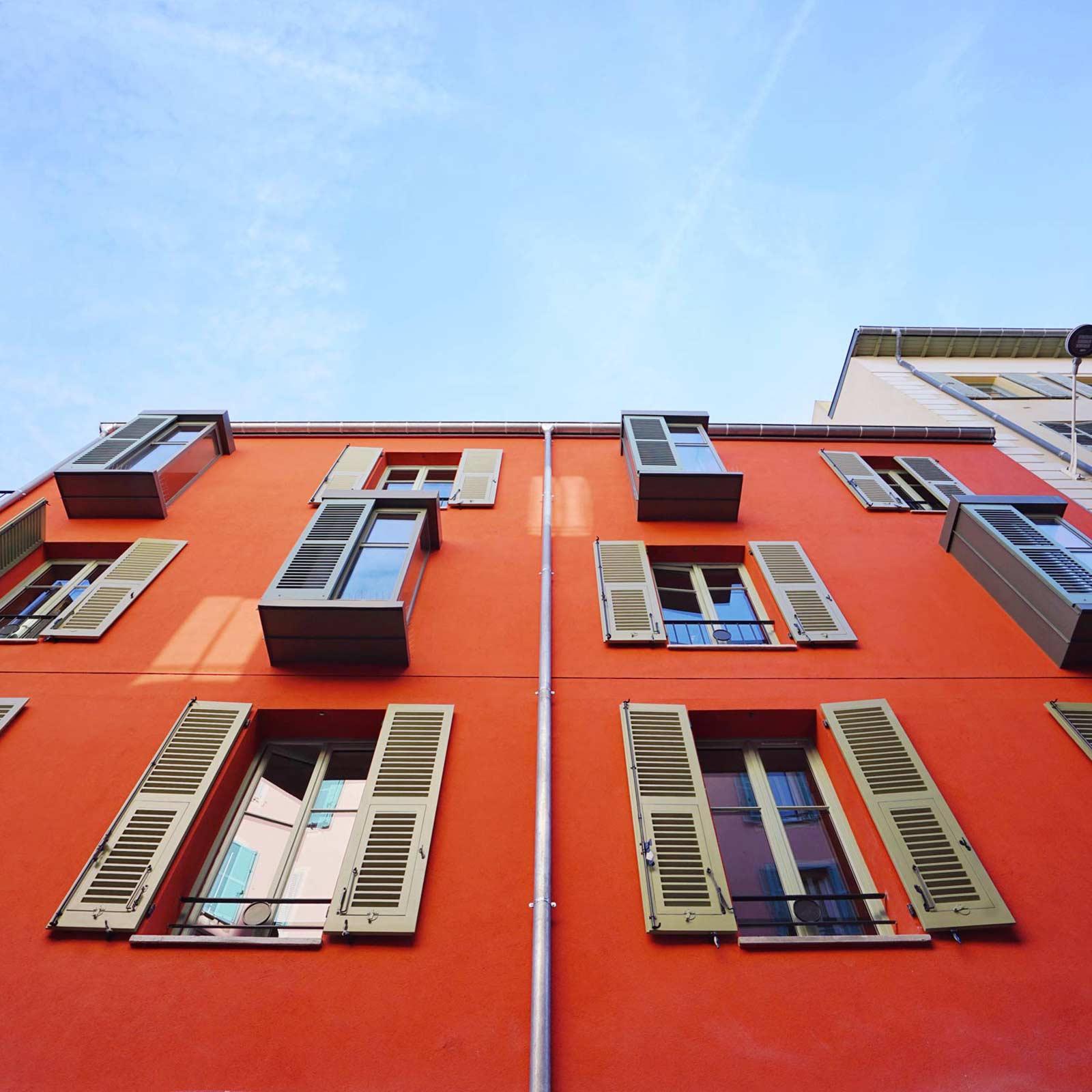 L'Abeille Bonaparte street